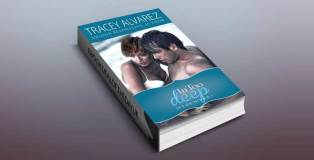 """In Too Deep (Due South: A Sexy Contemporary Romance Book 1)"""" by Tracey Alvarez"""