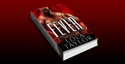 "werewolf paranormal romance ebook "" Fever: a Blood Moon Rising Werewolf Romance"" by Lola Taylor"